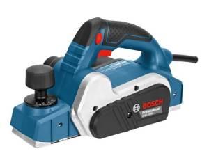Cepillo Bosch GHO 16-82 con potencia de 630W, ancho de cepillo 82mm y rebaje de 0 a 9 mm