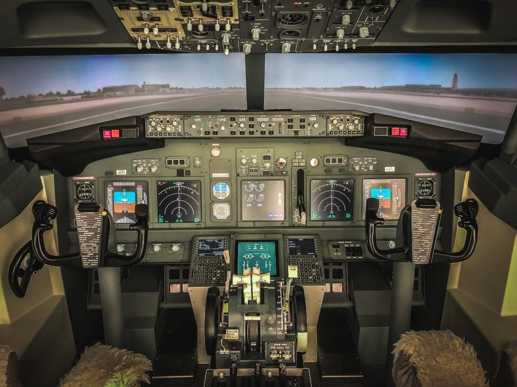 Simulatore di volo per selezione piloti