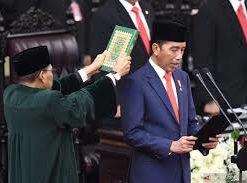 Dilantik Kembali Sebagai Presiden Untuk Kedua Kalinya, Jokowi Diingatkan, Pekerjaan Program Jaminan Sosial Sudah Antri.