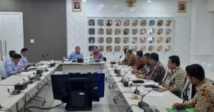 Dewan Pimpinan Pusat Ikatan Sarjana Kelautan Universitas Hasanuddin (DPP Isla Unhas) bertemu dengan Menteri Kelautan dan Perikanan (MKP) Edhy Prabowo, di Gedung Mina Bahari IV, Kementerian Kelautan dan Perikanan (KKP) Jakarta, pada Senin (23/12/2019).