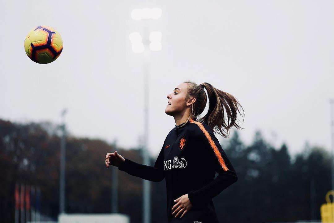 Jill Roord in training for Netherlands. Photos from @JillRoord