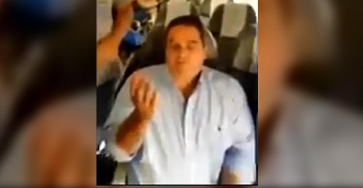 [VIDEO] JORGE TRIACA Y ESCRACHADO EN UN VUELO