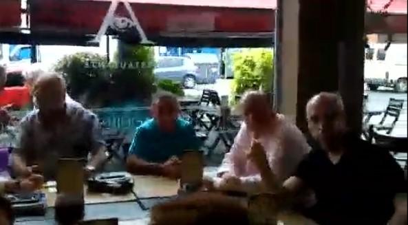 [VIDEO] TREMENDO ESCRACHE DE DOCENTES A HORACIO RODRIGUEZ LARRETA