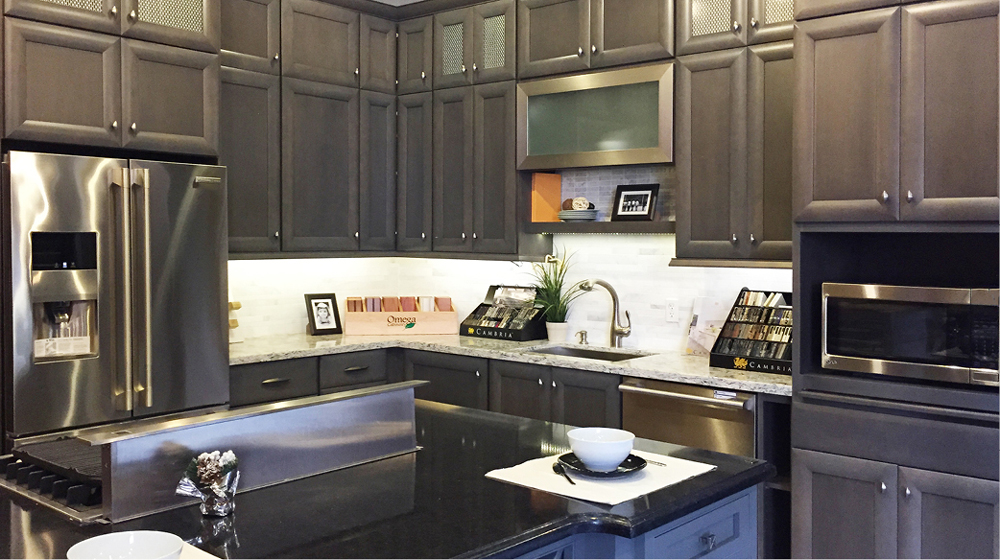 kitchen cabinet showrooms wall mounted faucet with sprayer deluxe cabinets in bay aera | kraftmaid schrock ...
