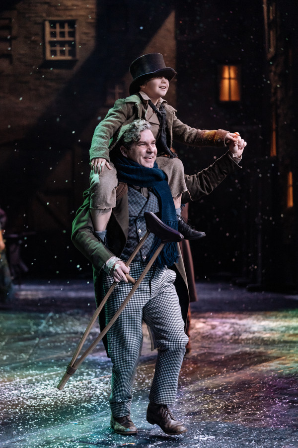 Christmas Carol production photos, directed by Rachel Kavanaugh. Royal Shakespeare Theatre, 2018.