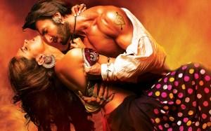 Ranveer-Deepika-Romance-in-Ram-Leela