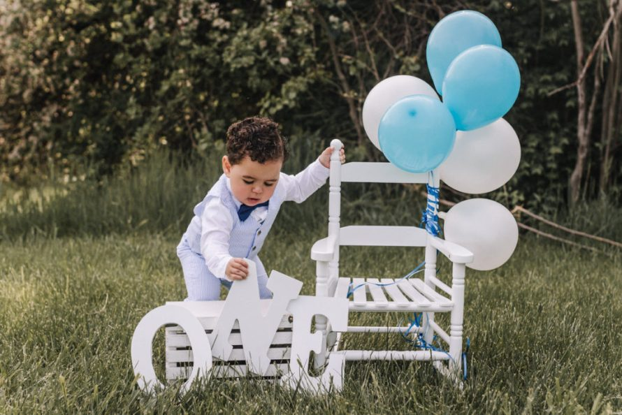1st Birthday Photoshoot Tips And Tricks For Kids Sincerely Mama Malak Also, angels and fairies are apt for baby birthday. 1st birthday photoshoot tips and tricks