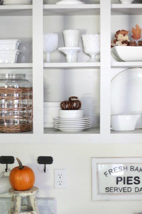 A Simple Fall Home Tour