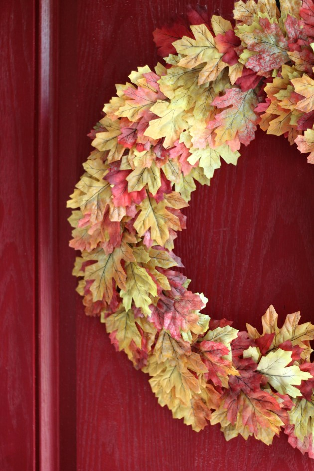 The Easiest & Fullest Fall Leaf Wreath