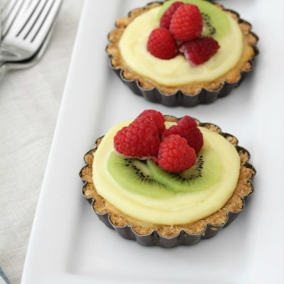 Almond Tarts with Homemade Lemon Curd