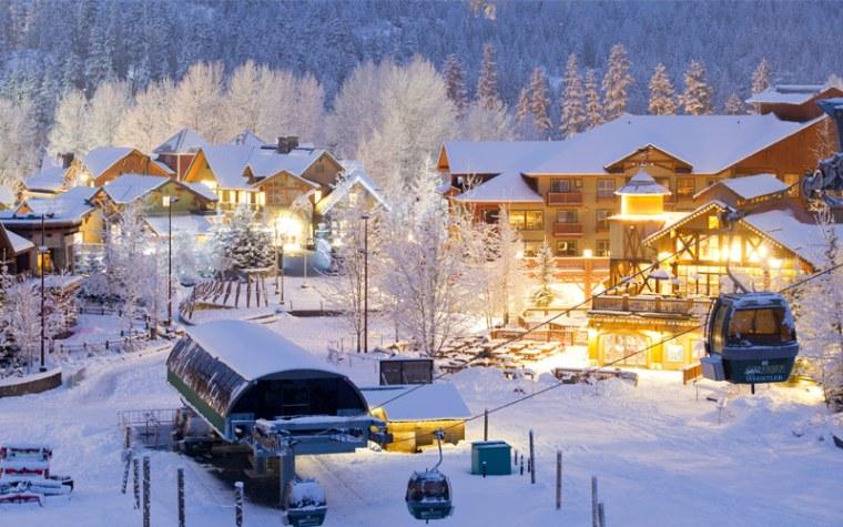 travel whistler-luxury-hotel
