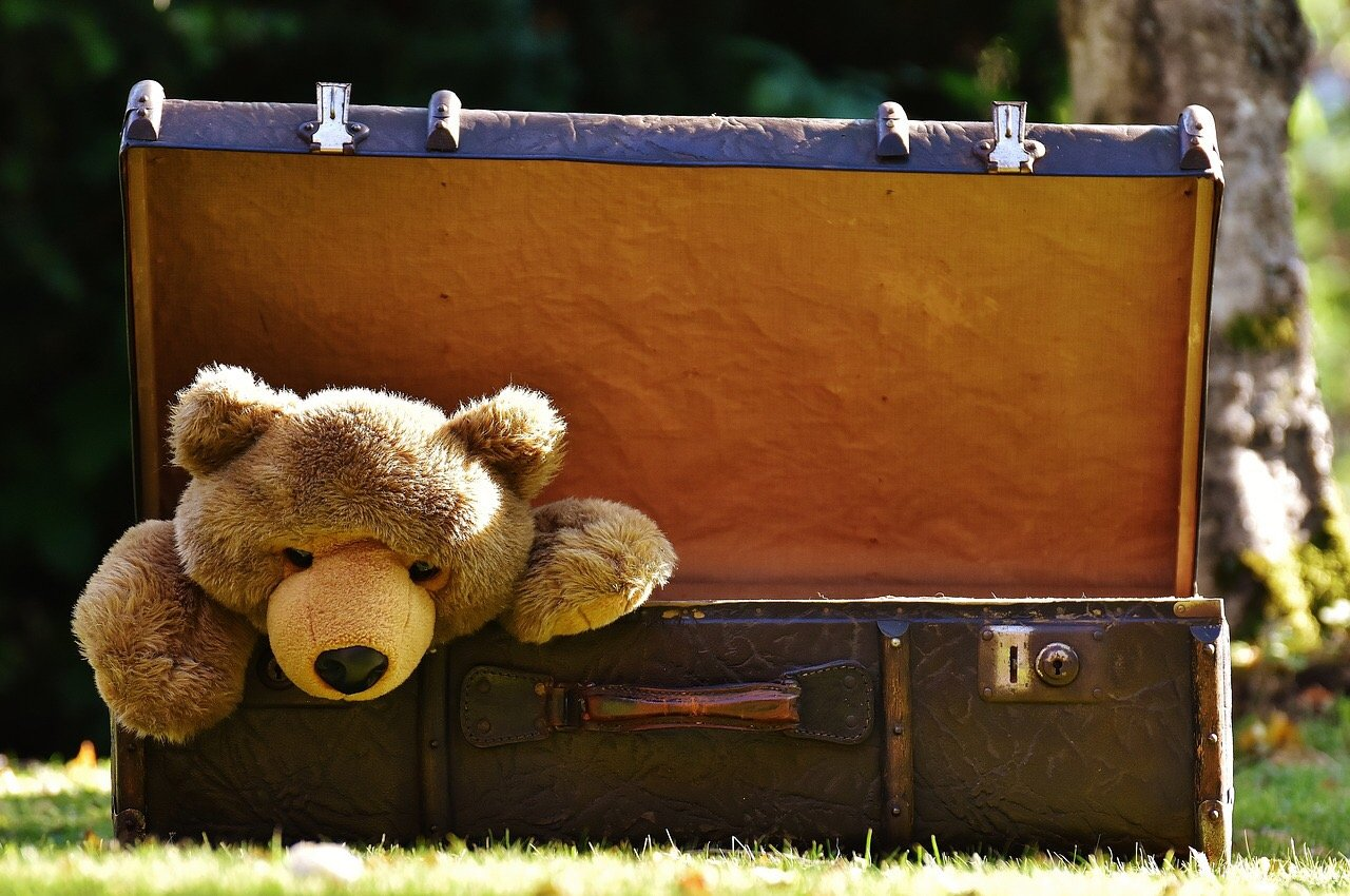 The Ultimate Guide to Packing Your Family Suitcase
