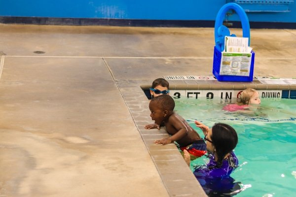 aqua tots swim lessons