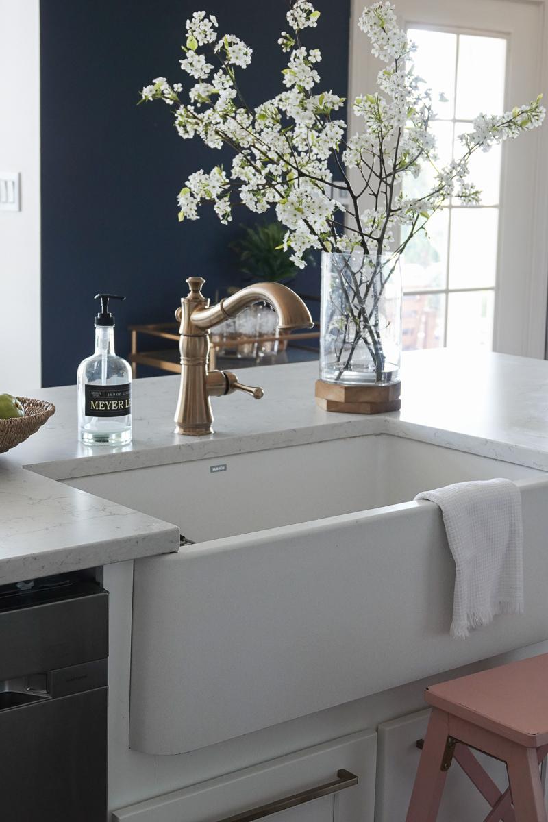 The Best Farmhouse Sink BLANCO