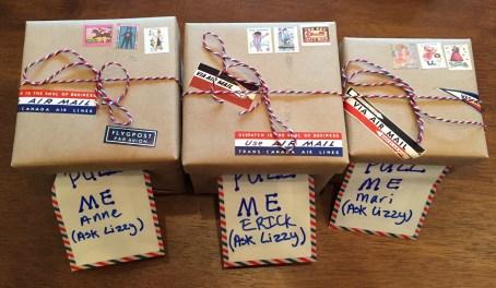 Airmail gift wrap cash box