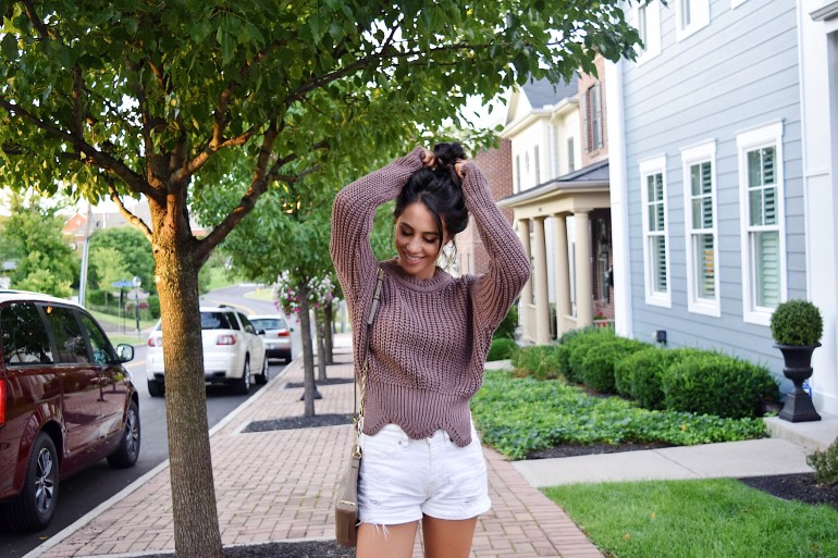 top-knot-hair-beauty-blogger-sincerely-styled-brittany-seiden