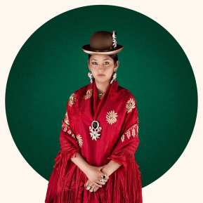 Photograph of a Cholita