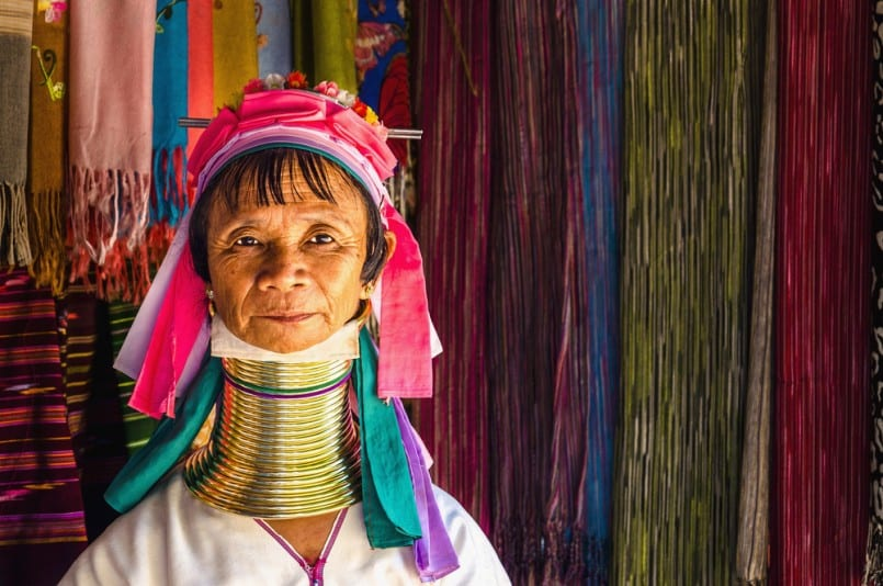 Why do Kayan long neck women wear their rings? | Sinchi Foundation