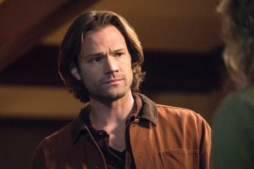 """Supernatural --""""All Along the Watchtower"""" -- SN1223b_0009.jpg -- Pictured: Jared Padalecki as Sam -- Photo: Dean Buscher/The CW -- © 2017 The CW Network, LLC. All Rights Reserved"""
