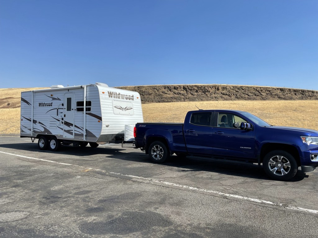 Trailer and truck