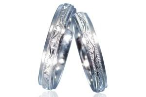 和彫りの結婚指輪