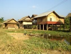 Laos - Muang Sing en bicicleta - Aldea