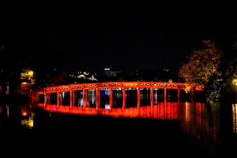 Vietnam Hanoi Morning Sunlight Bridge - Barrio antiguo de Hanoi: Top 5 lugares que visitar