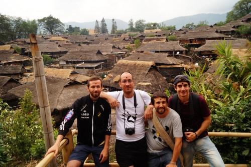 DSC05579 jpg 1 500x333 - Wengding, la última aldea tribal de China