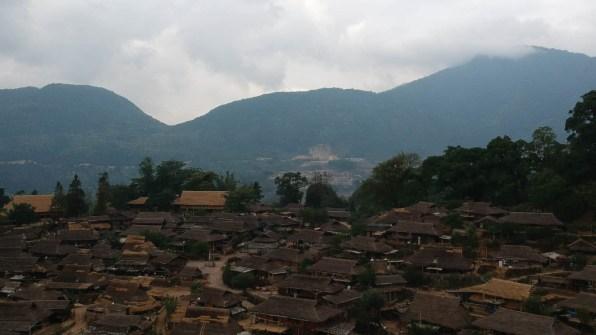 Wending Vista aérea 2 - Wengding, la última aldea tribal de China