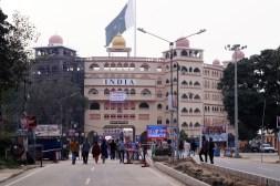 Amritsar - Wagah - Frontera con Pakistán