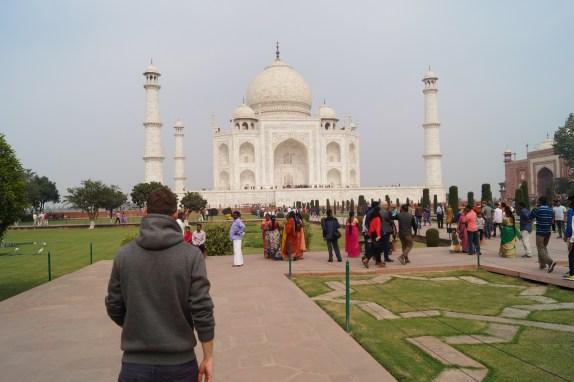 Mausoleo Taj Mahal 05 500x333 - The story of Taj Mahal: India, love and symmetry