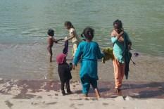 Rishikesh - Niños en el Ganges