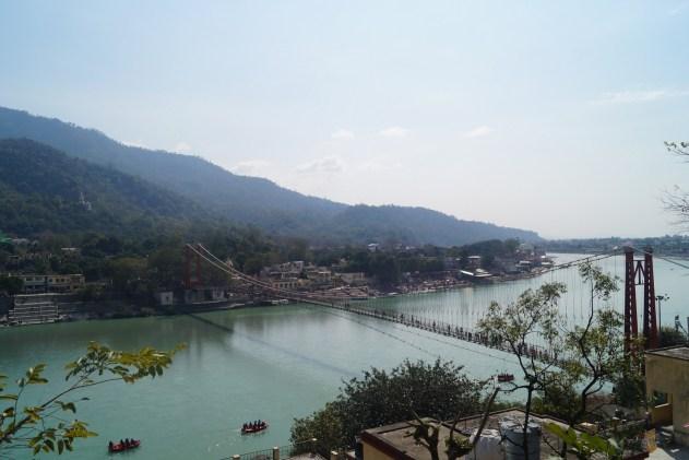 Rishikesh Vistas desde Tapovan 500x333 - Trip to Rishikesh, the city of the Beatles and yoga