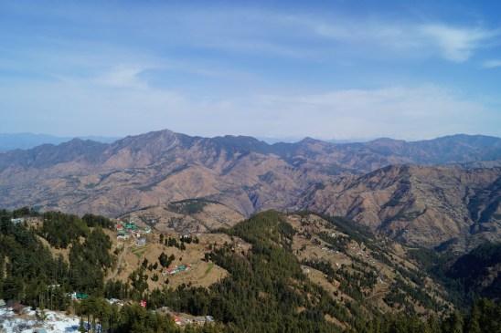 Shimla Cordillera Himalaya 01 500x333 - Shimla, lugares de interés: ciudad colonial al lado del Himalaya