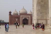 Taj Mahal y Mezquita