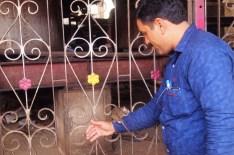 Bikaner - Indio jugando con una rata