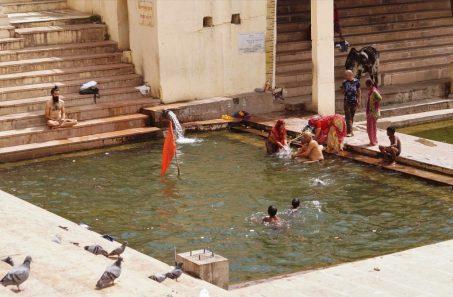 India- Baños purificadores