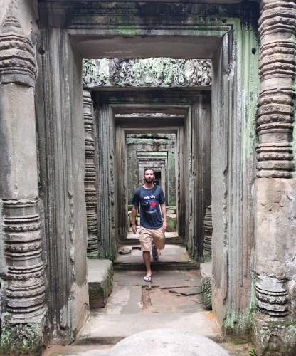 Sobre mi Camboya 416x500 - About me