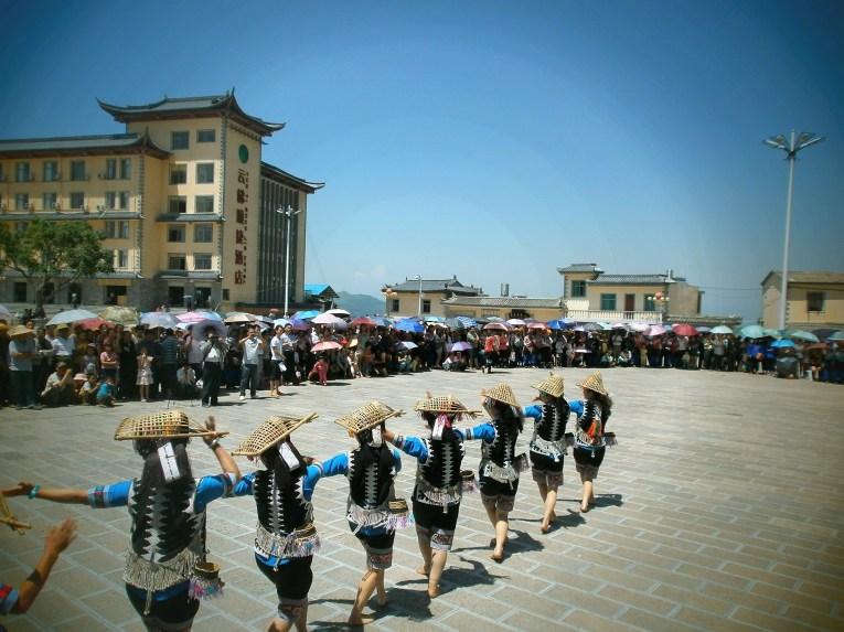 Yunnan Xinjie Baile de Minorías étnicas - The spectacular rice terraces of Yuanyang