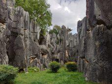 Yunnan El Bosque de Piedra Caliza de Shilin scaled - Qué ver en Kunming: Guía Completa de Viaje