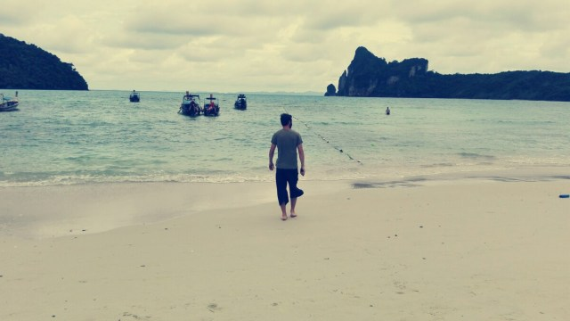 Thailand Koh Phi Phi 500x281 - Best travel tips for Thailand on a trip on your own