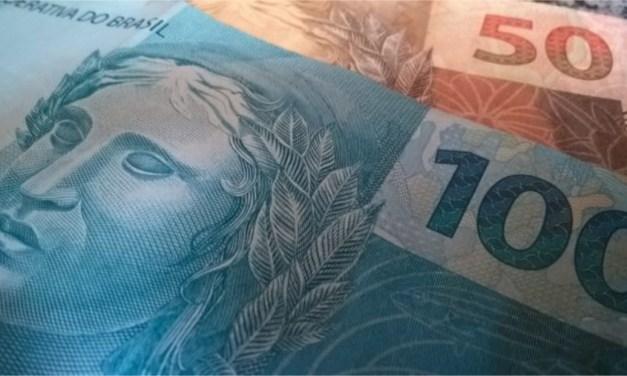 Sugerida por Bolsonaro, troca de notas de R$ 100 e R$ 50 custaria mais de R$ 700 milhões