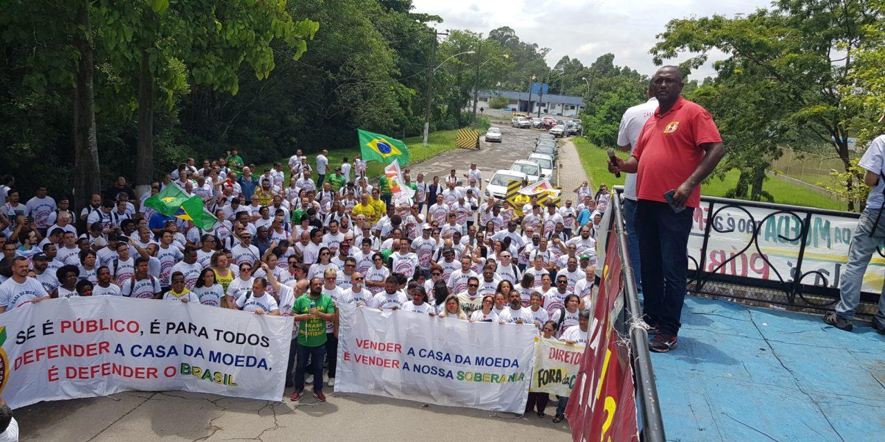 Funcionários da Casa da Moeda entram em greve contra privatização