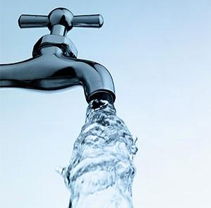 ماء الصنبور ( البزبوز ) هل هو أفضل أنواع المياه