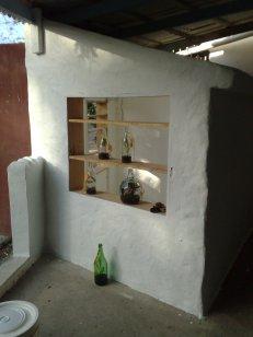 Ausstellungsraum Seite Fenster