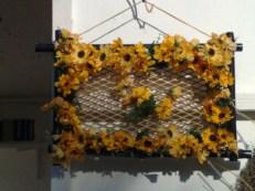 Bambus-Rahmen mit Blumen