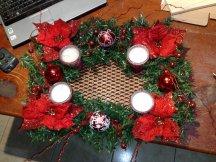 Weihnachtsgesteck mit Kerzen