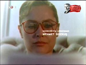 film karelerinde yesilcam.sinematikyesilcam.com026 Hulya Avsar