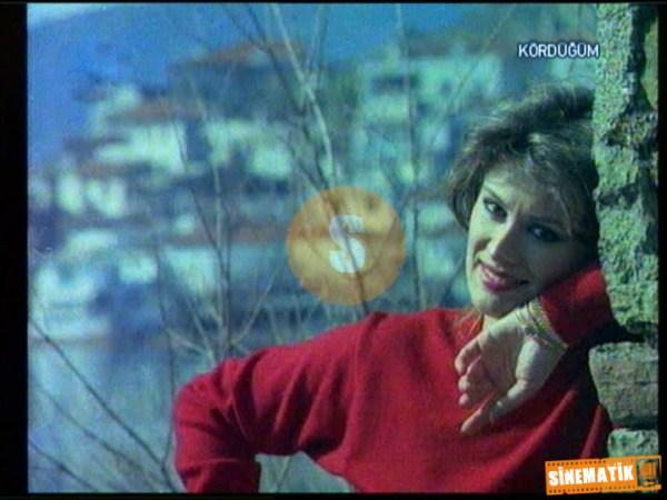 film karelerinde yesilcam.sinematikyesilcam.com102 Gülşen Bubikoğlu