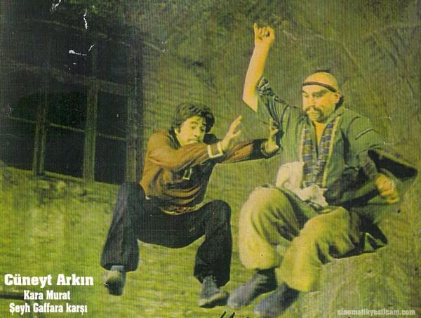 Cuneyt Arkin - Kostume 0007